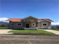 New Boquete House for Sale in a Great Gated Community – Recently Completed