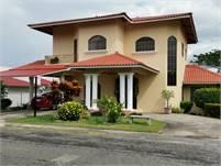 Villa Venice House for Sale in El Terronal, David Panama – Great Location